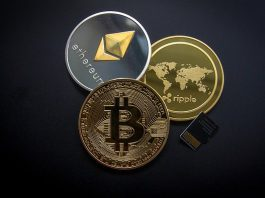 cryptocurrency-3085139_640