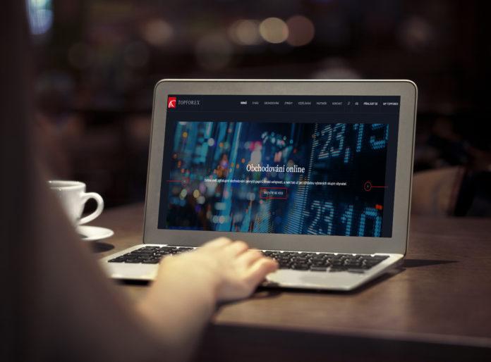 Recenze TopForex - zkušenosti, srovnání, platformy, účty