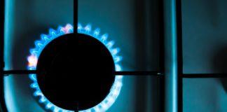 Indie plánuje zrušit desetiletý tendr na dovoz zkapalněného zemního plynu